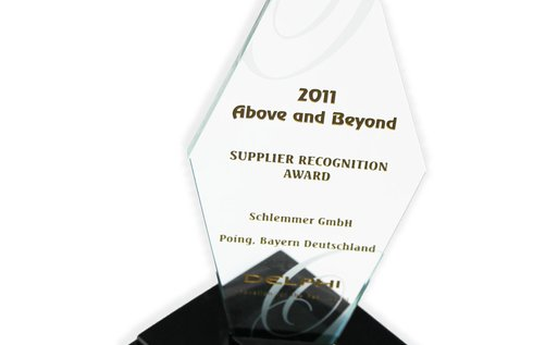 2011 Above and Beyond Award Prix Poing Schlemmer 3D sur fond blanc