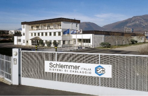 Outside view of the italian Schlemmer Office at the founding  of Schlemmer Italy